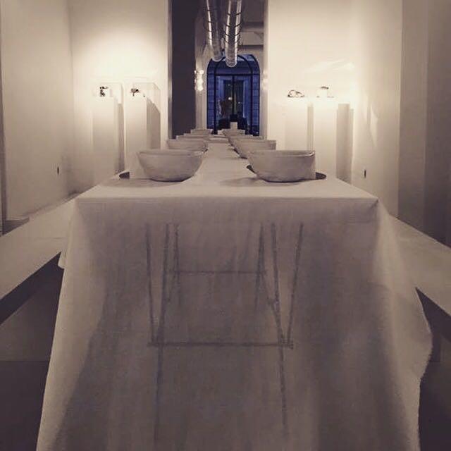 biancoluna-eating-design-table